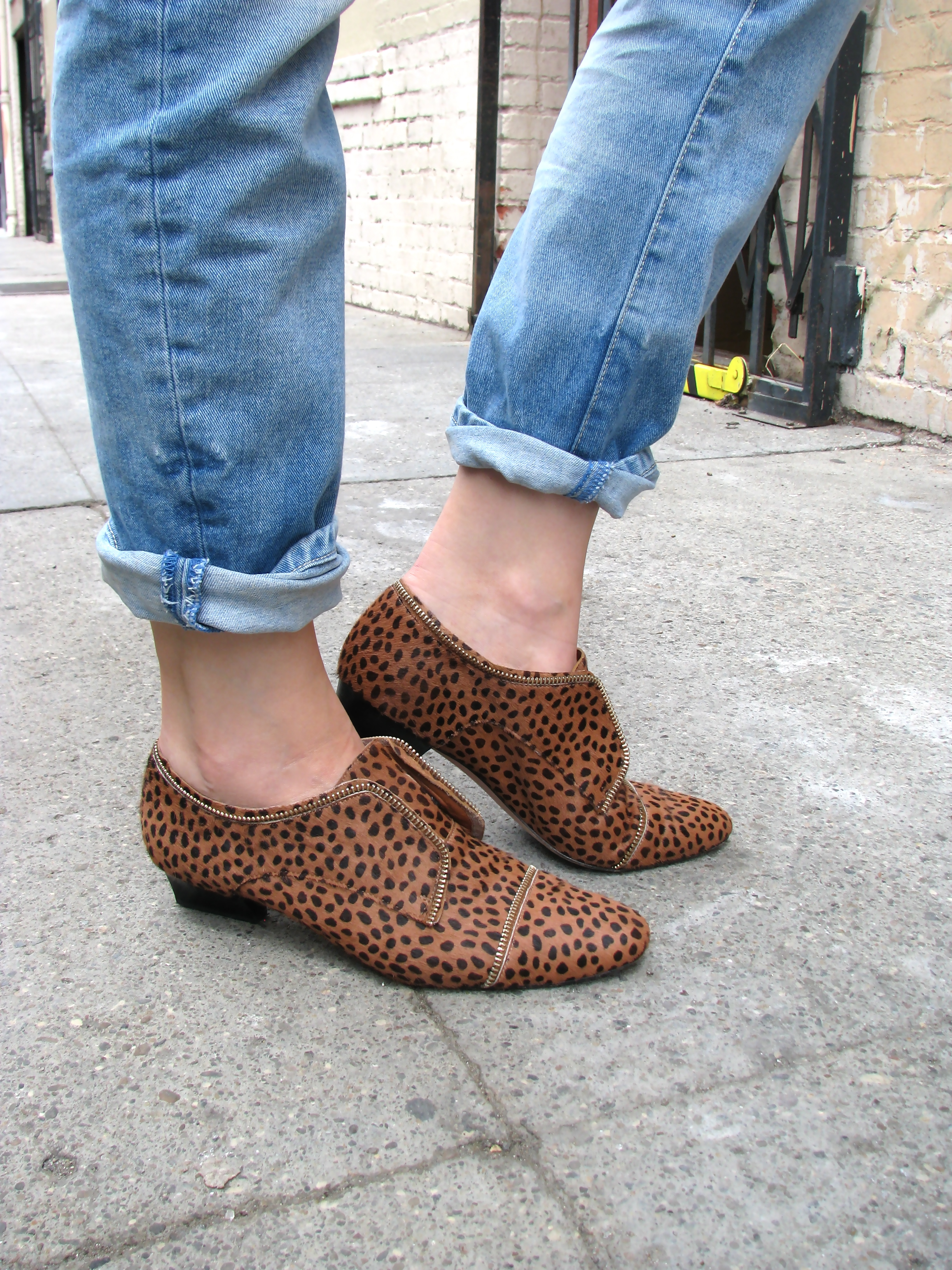 Boyfriend jeans and animal print oxfords