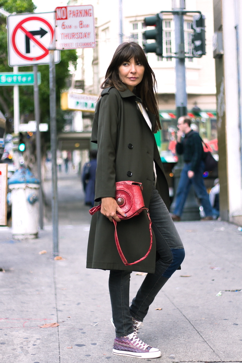 Trench coat and converse