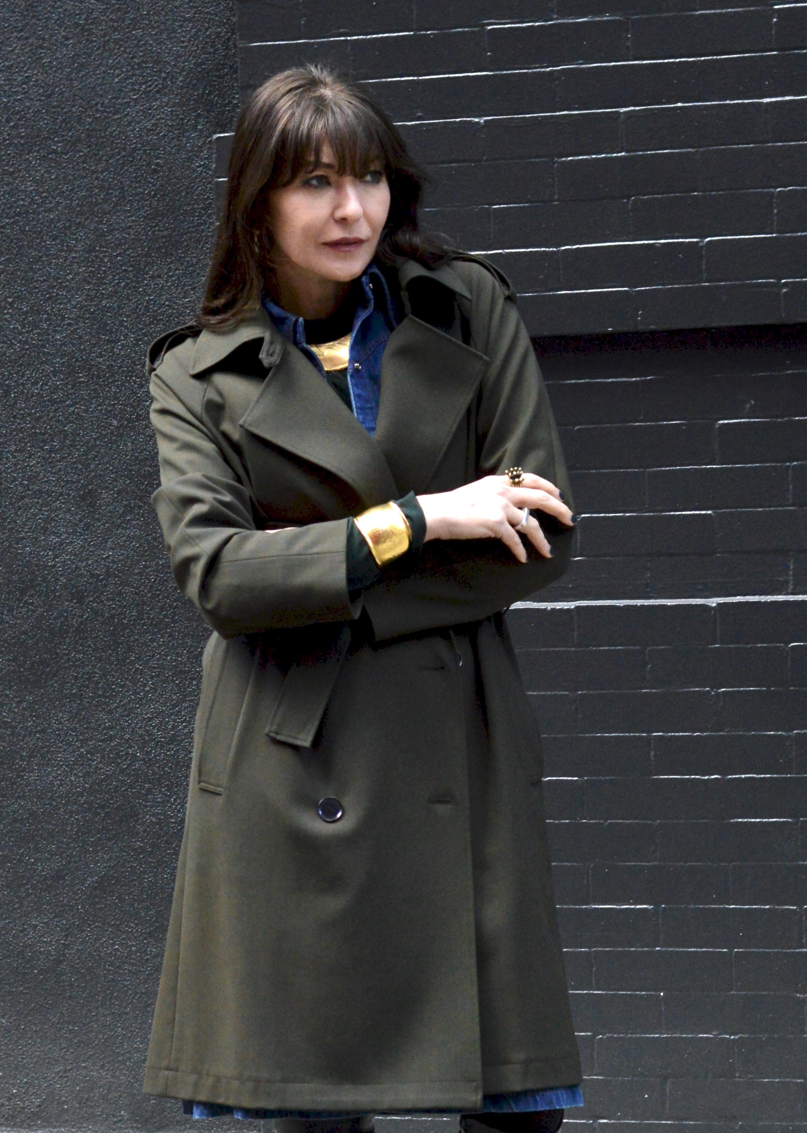 Hero pieces: trench coat and denim dress