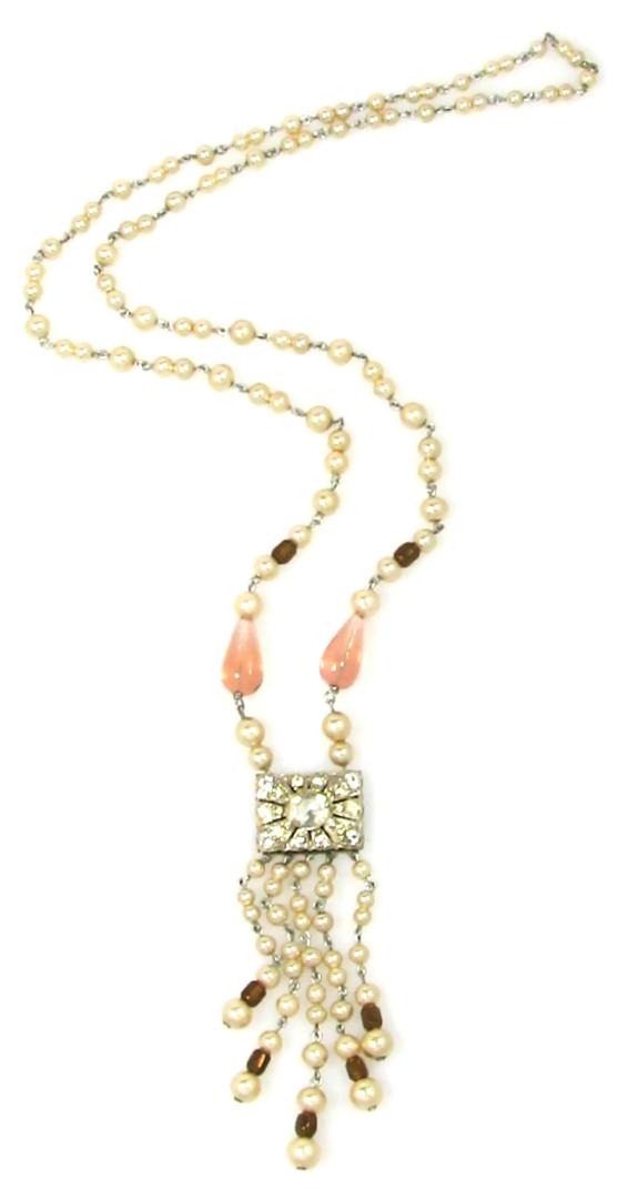 Faux Pearl Flapper Necklace 1960s
