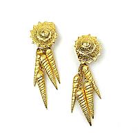Shell Motif Drop Earrings 1980s